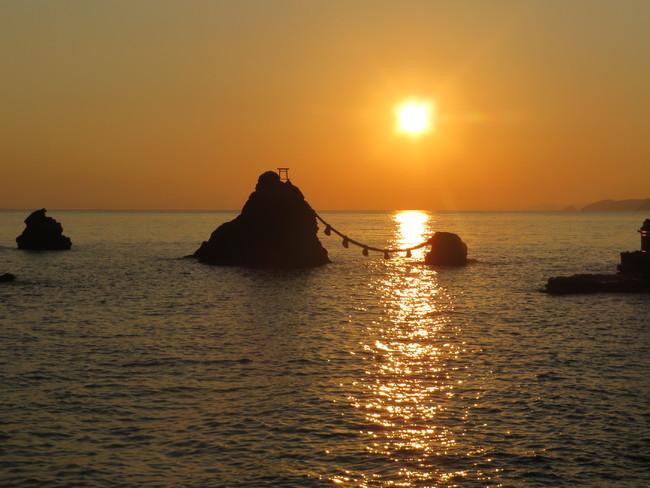 二見浦・夫婦岩の日の出